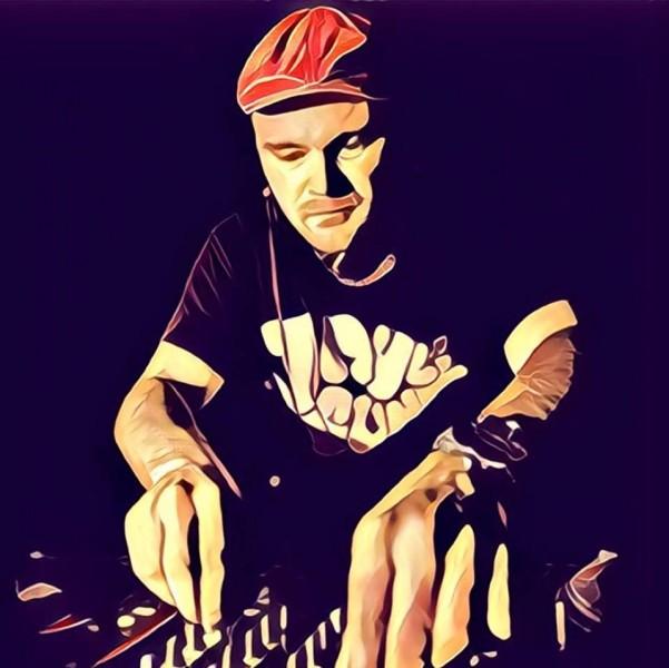 Jayl Funk (DE), Support-DJs: Turntill (BE), Tabis