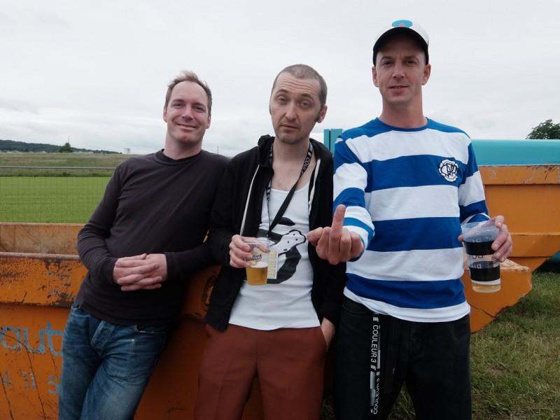 Knöppel (CH), Support: Jack Stoiker (SG); DJ Fancy Fingers